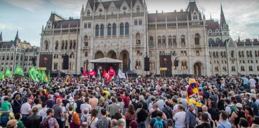 Węgry: protesty przeciwko otwarciu chińskiego uniwersytetu