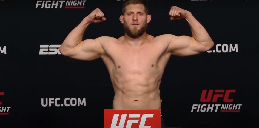 UFC Vegas 30: Marcin Prachnio wygrywa przed czasem