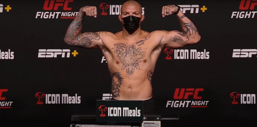 UFC Vegas 37: Anthony Smith poddaje Ryana Spanna