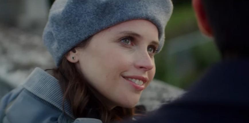 Felicity Jones w zwiastunie nowego romansu Netflixa